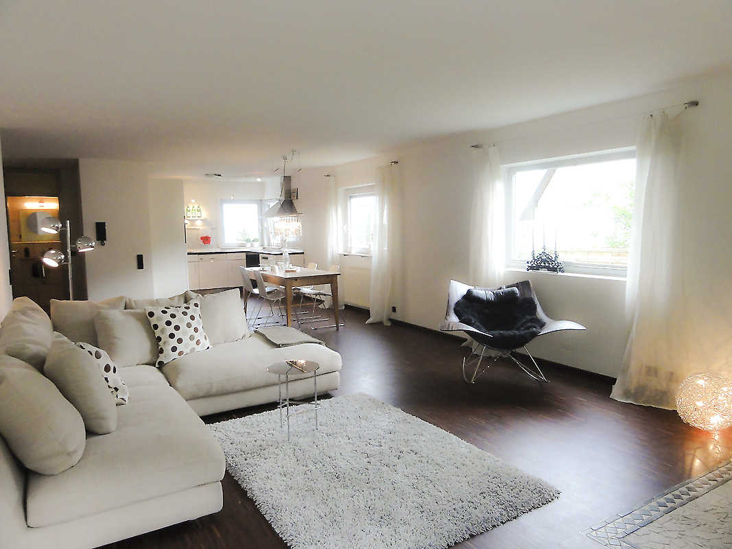 4 zimmer wohnung bei leonberg barbara l ffler. Black Bedroom Furniture Sets. Home Design Ideas